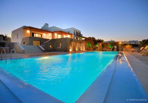 Villa Paradise XL pool