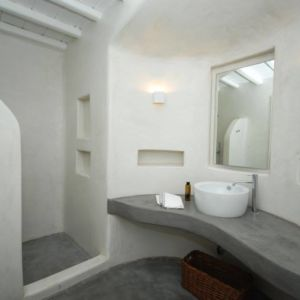 Villa Astarte bathroom