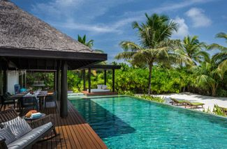 Beach pool residence in Anantara Maldives