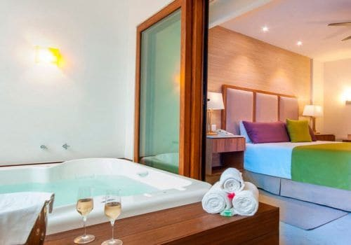 Almar Romance Suite and Jacuzzi Puerto Vallarta
