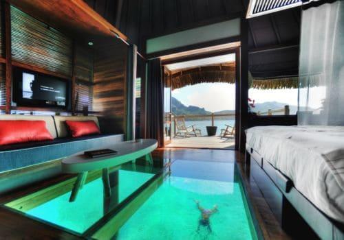 Hotel Le Meridien Bora Bora Lagoon over water bungalow