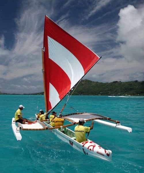 Hotel Le Meridien Bora Bora boating