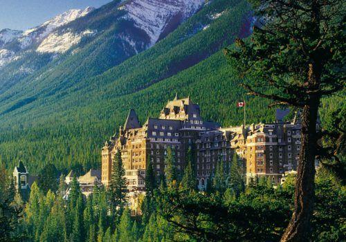 Canada mountain hotel