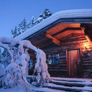 Kakslauttanen log cabin evening