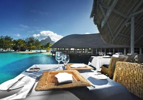 Hotel Le Meridien Bora Bora bar