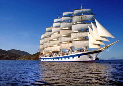 Gay Group Trip: Sailing The Cyclades