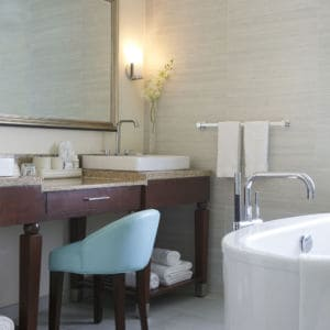 Seaside Suite bathroom