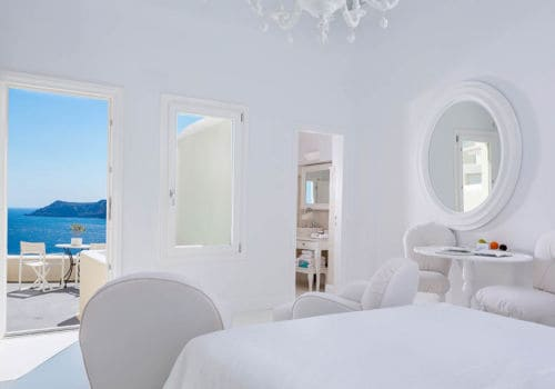 Canaves Oia Suites superior suite