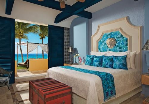 Butler Ocean Front Master Suite With Plunge Pool