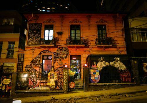 building-in-la-paz-699312_1920