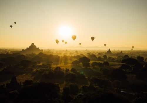 Myanmar hot air balloons