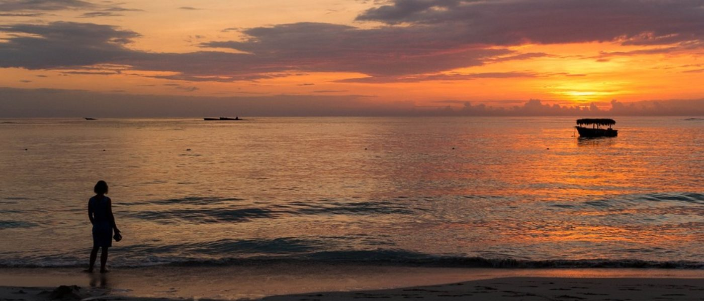sunset-1028885_960_720-1400x600.jpg