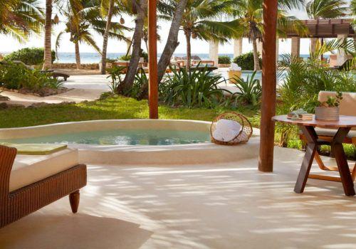 Ocean view villa Viceroy Riviera