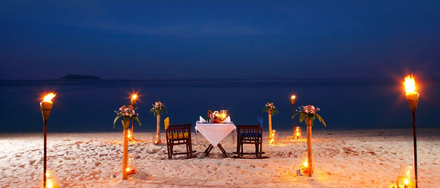 Zeavola Beach Dining